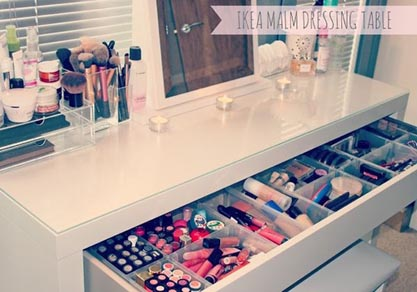 Makeup storage idee postazione makeup for Mueble malm ikea