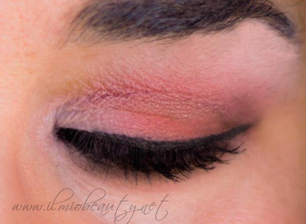 trucco-occhi-rosa