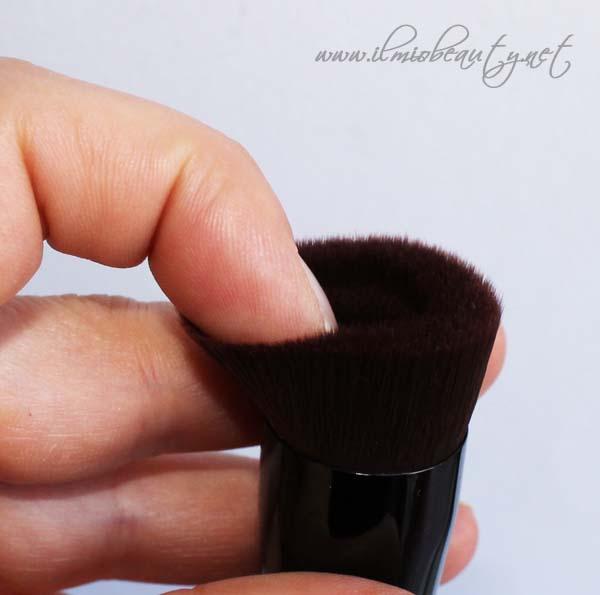 pennello-bareskin-bareminerals