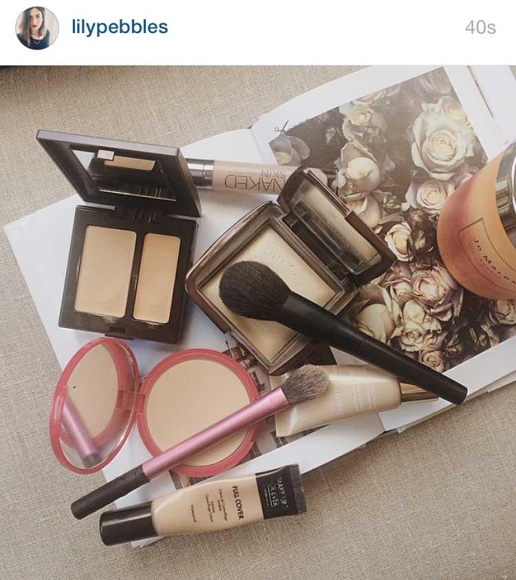 cluttered-makeup