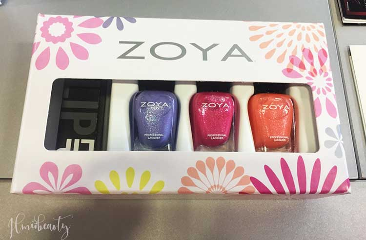zoya-petals